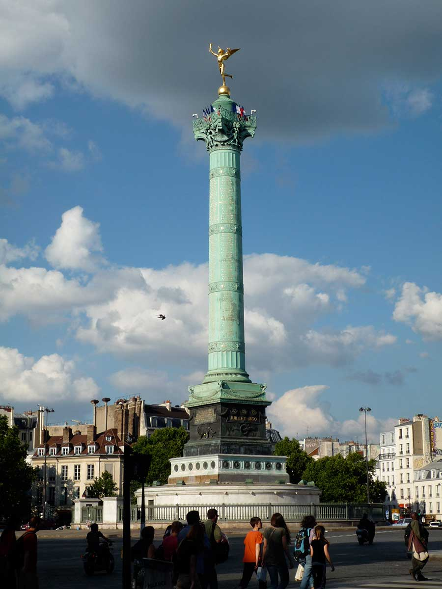 Bastille monument goud beeld Puur Parijs
